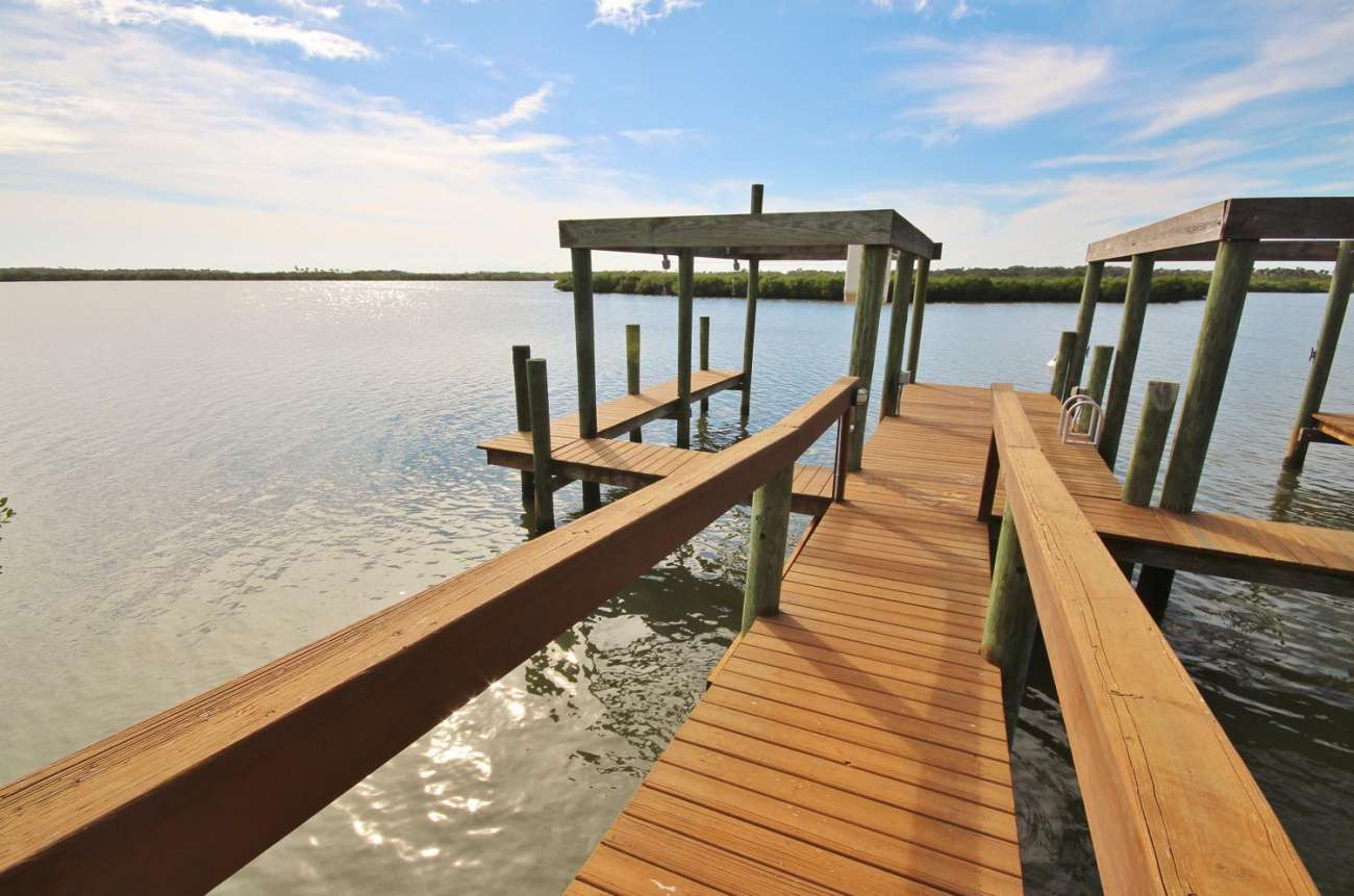 New Smyrna Beach Luxury on the Lagoon.15