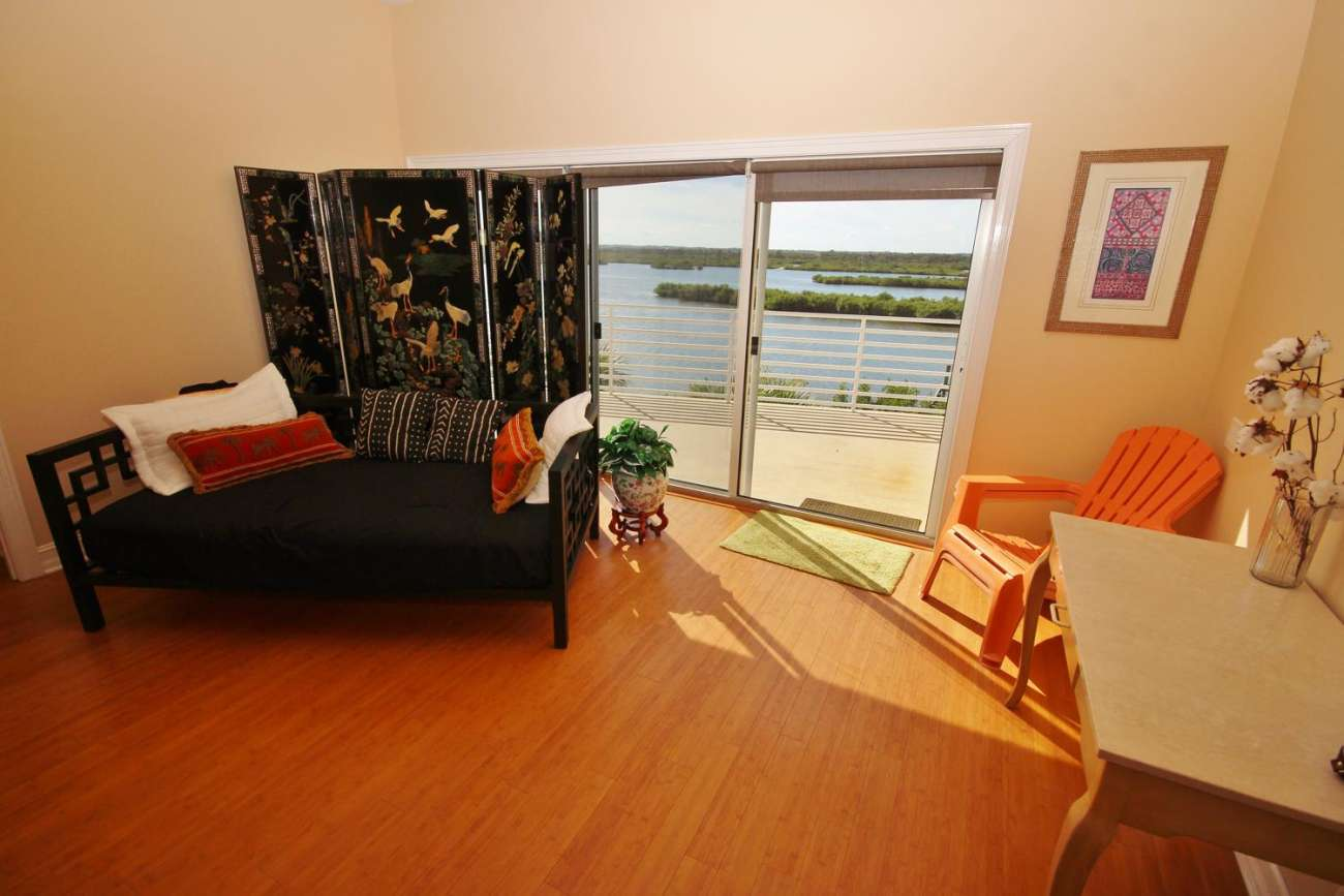 New Smyrna Beach Luxury on the Lagoon.45