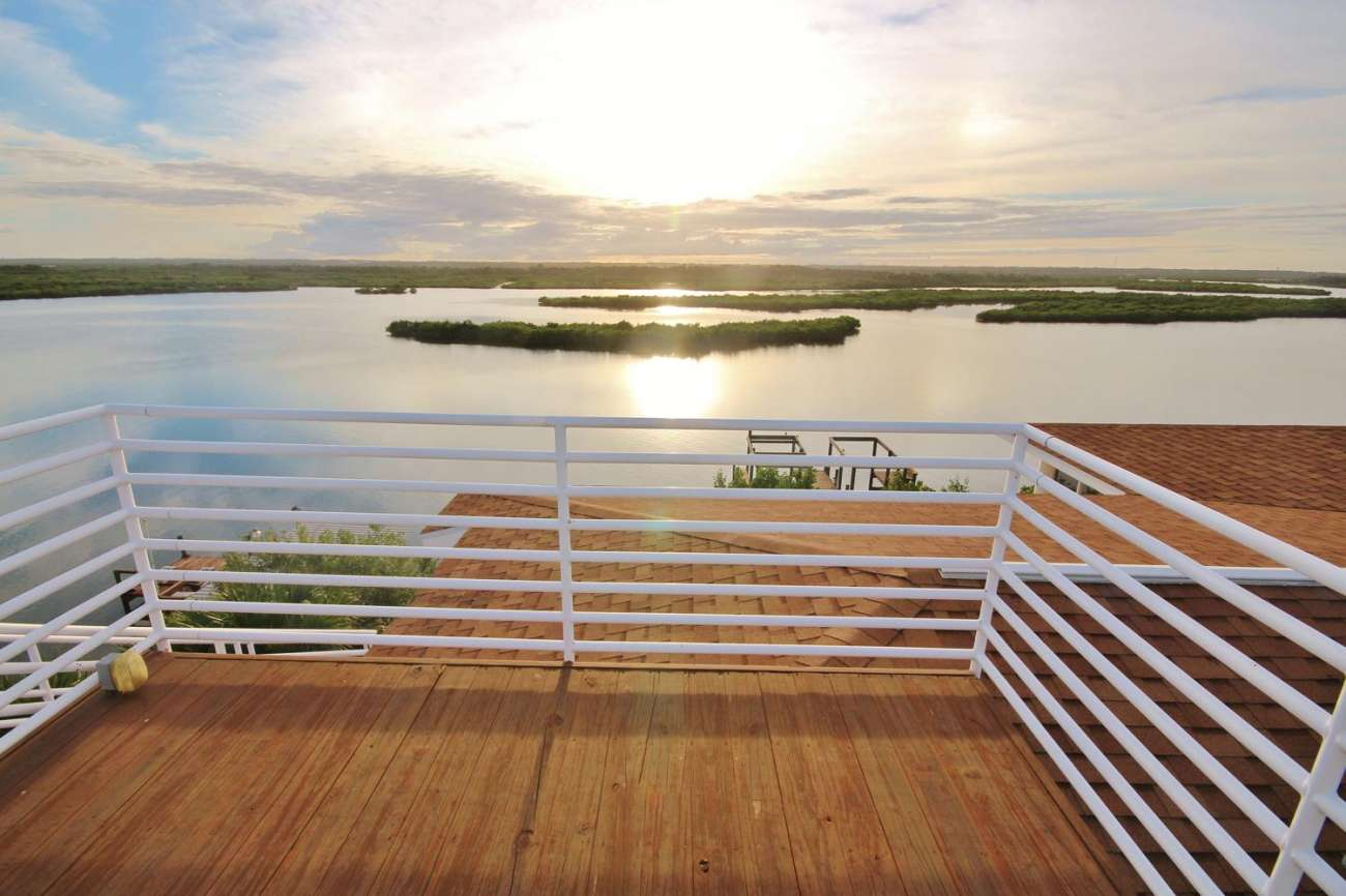 New Smyrna Beach Luxury on the Lagoon.61